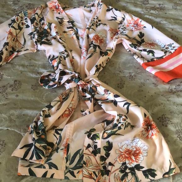 New York & Company Other - Floral kimono